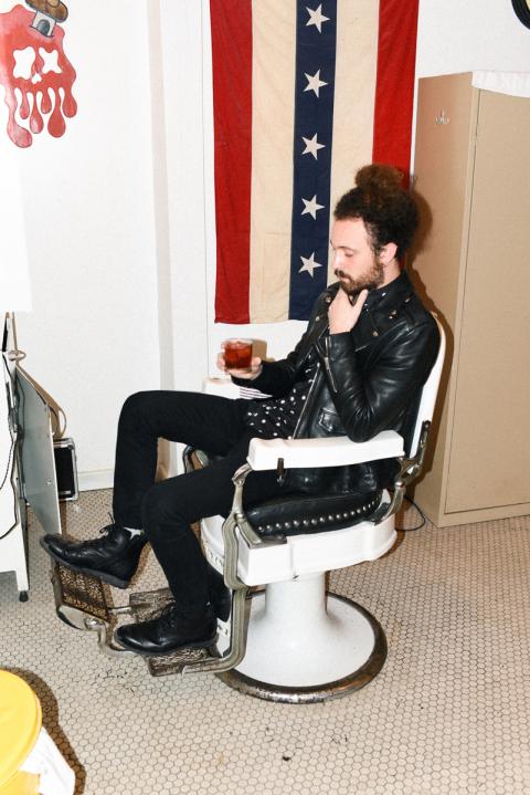 Blind Barber | Cocktail bar<br>524 Lorimer St, Brooklyn